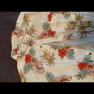Forever 21 Floral button up